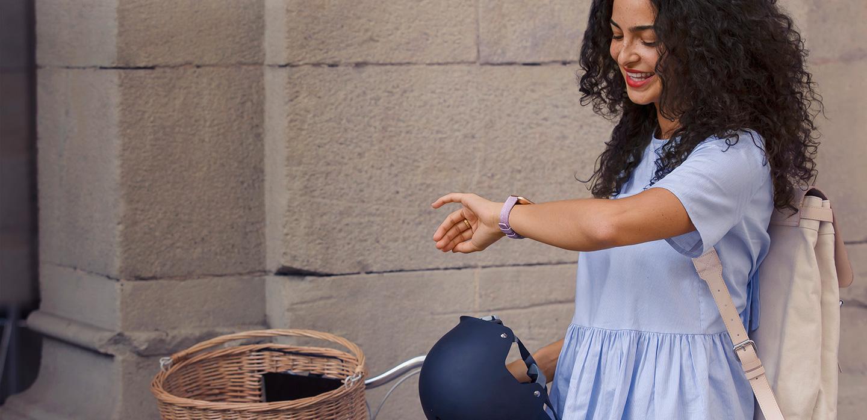 Fitbit Versa Test: Die erste Frauenfreundliche Smartwatch